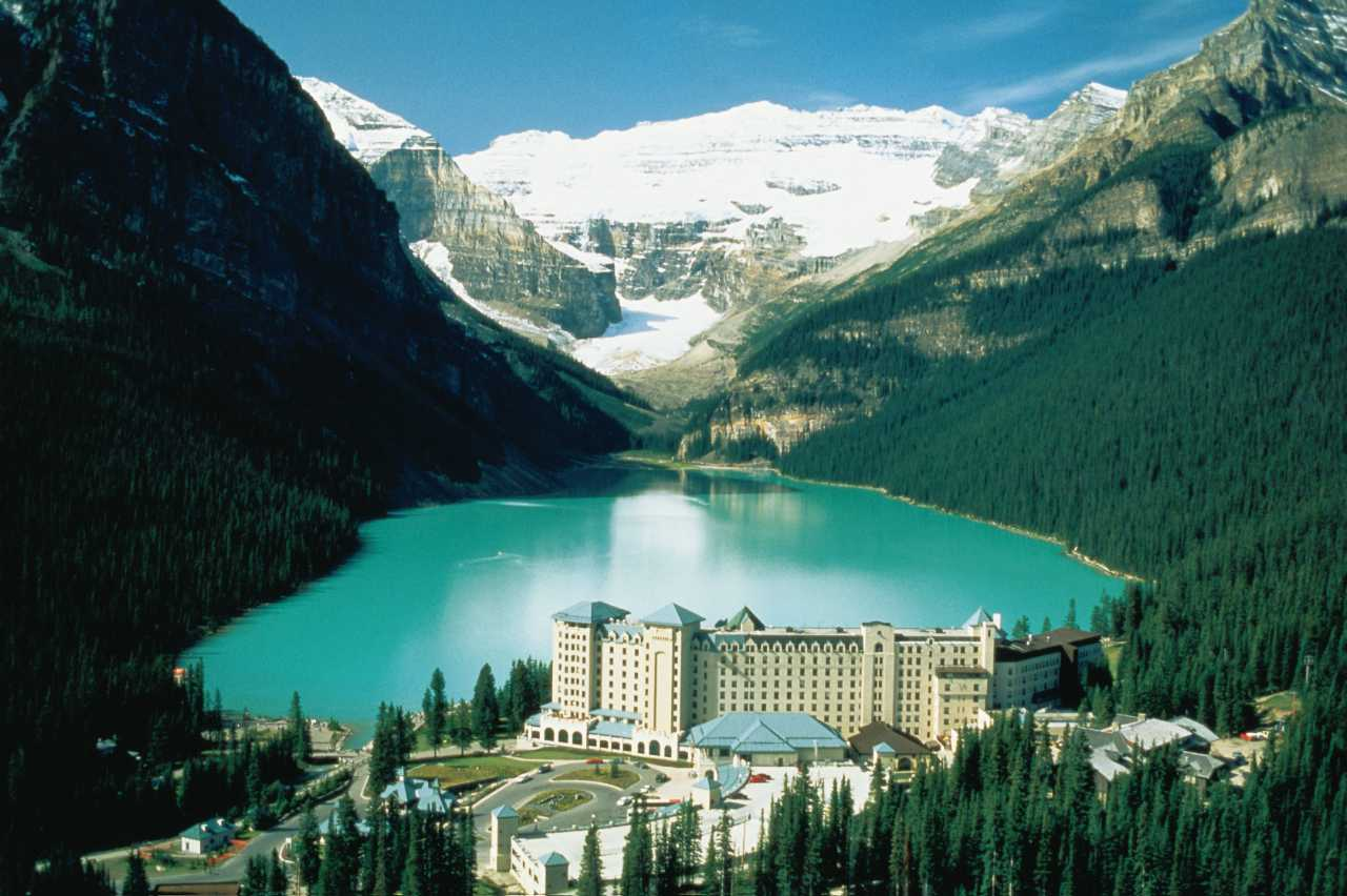 Fairmont Chateau Lake Louise Resort